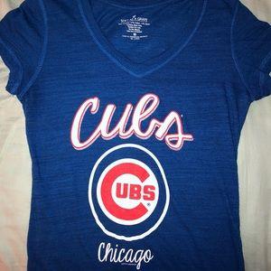 Chicago Cubs women's V-neck Tee